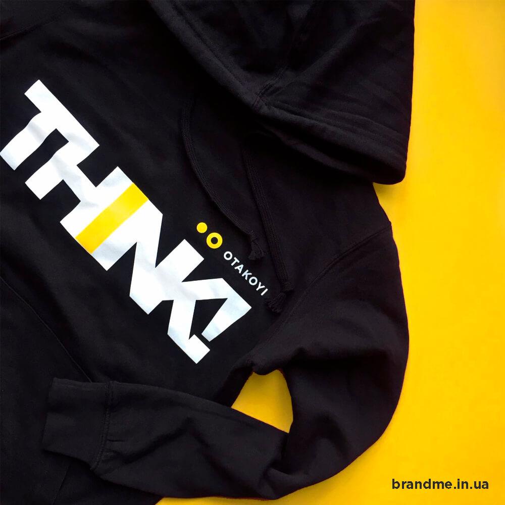 Промо-одяг з логотипом для компанії «OTAKOYI»