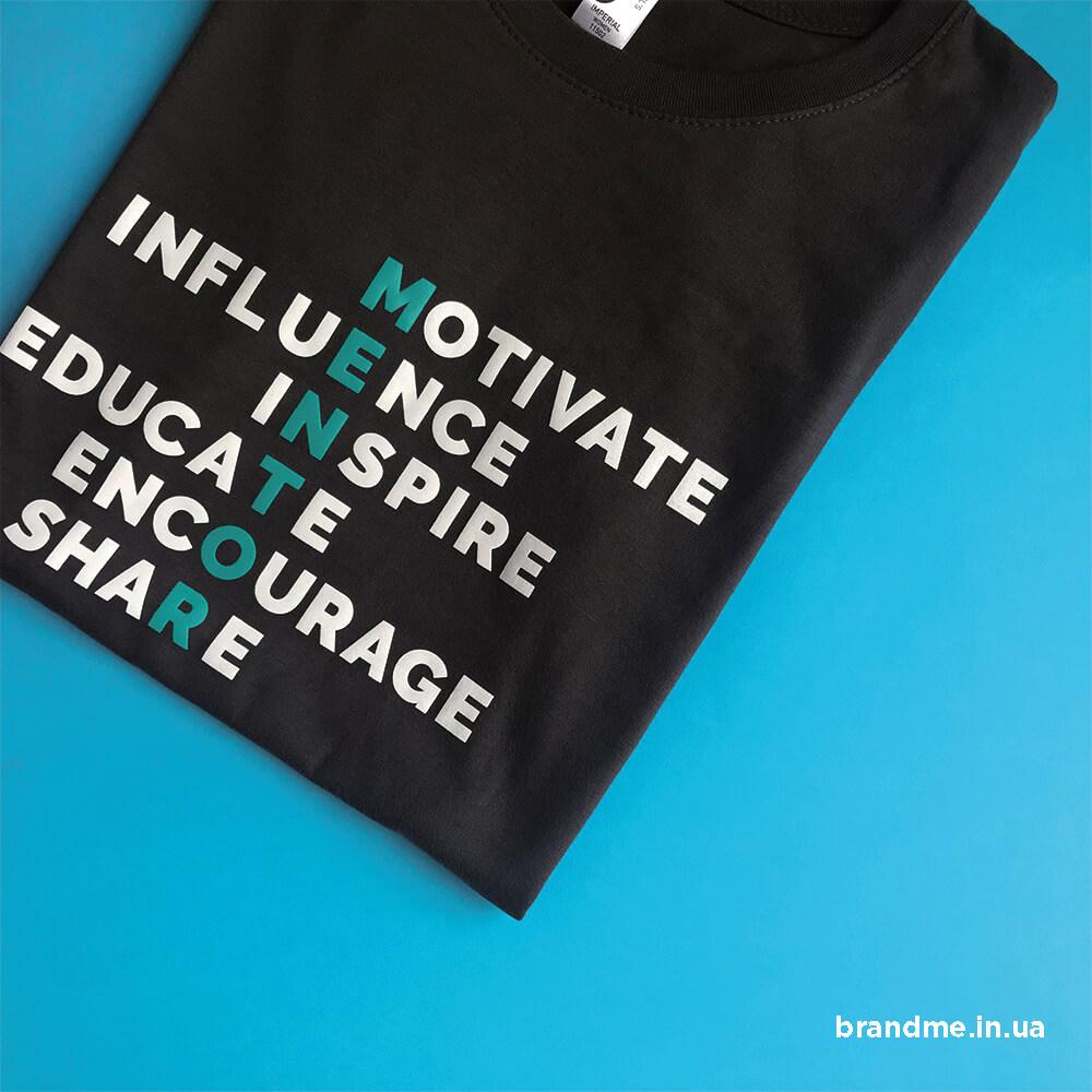 Печать на футболках «MENTOR»