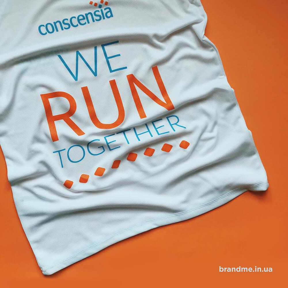 Спортивные футболки для айти компании «conscensia»