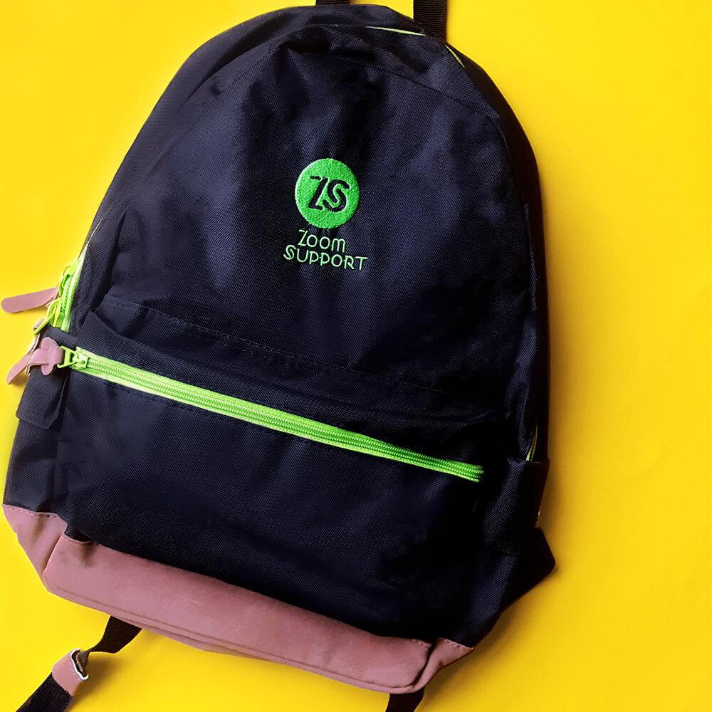 Портфелі з вишивкою для компанії Zoom Support