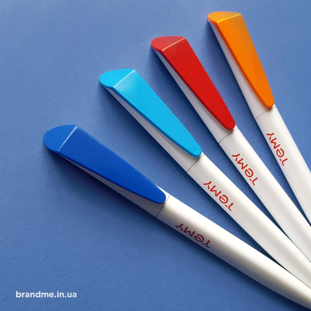 Яскраві та стильні ручки з брендуванням