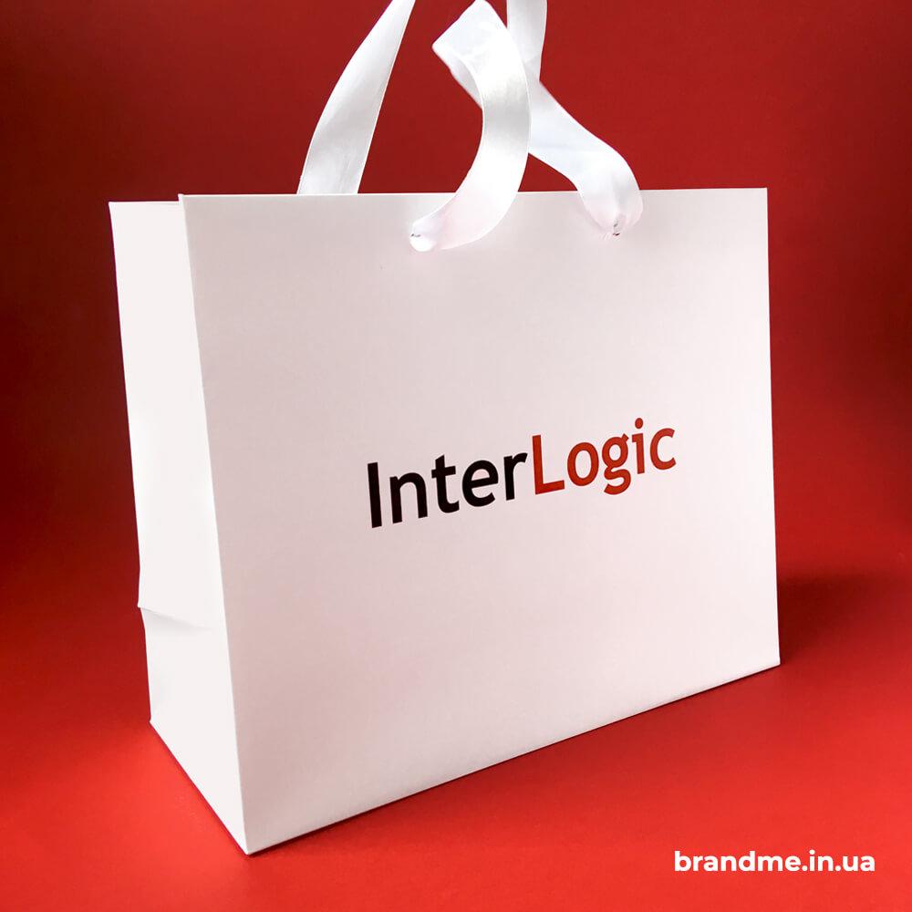 Бумажные пакеты для компании InterLogic