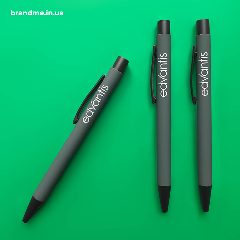"""Брендовані ручки з гравіюванням для компанії """"Edvantis"""""""