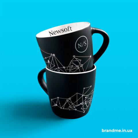 Матові чашки з індивідуальним дизайном для компанії