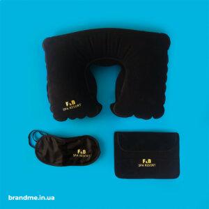 Подушки для подорожей та маски для сну з логотипом для