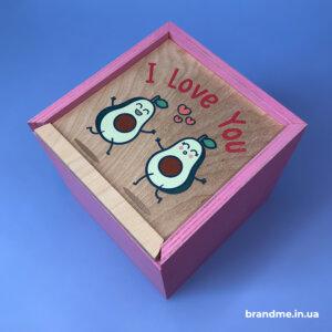 Деревянная подарочная коробка для корпоративных сувениров