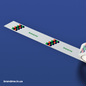 Скотч з логотипом та фірмовим патерном brand.me agency