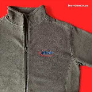 Теплые флисы с вышивкой логотипа для компании