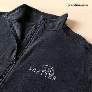 Флиска с вышивкой логотипа для