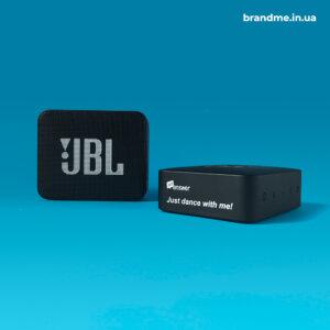 Брендовані портативні колонки JBL для компанії