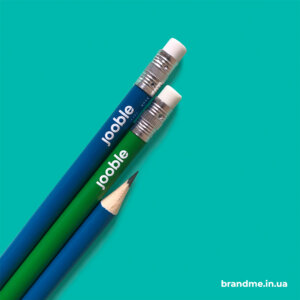 Олівці з друком логотипа для компанії