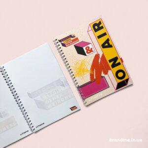 Виготовлення блокнотів з індивідуальним наповненням для компанії