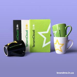Блокноты и чашки с логотипом для ИТ-компании